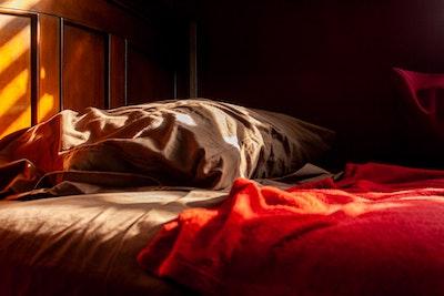 Schlafprobleme? 10 einfache Dinge, die du ausprobieren kannst, um besser zu schlafen.
